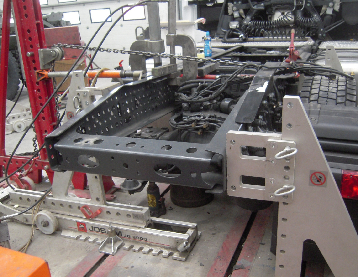 Commercial chassis repair alignment