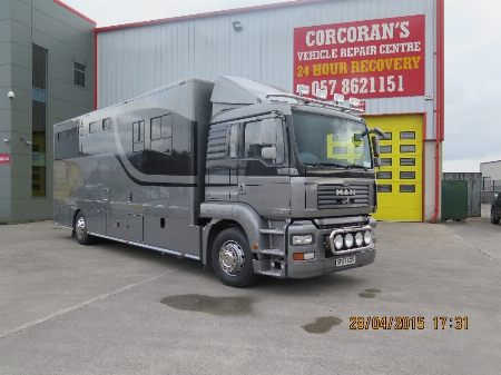 A recent spray paint job completed on a customers horse box-2