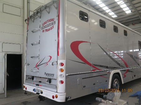 Oakley horsebox before painting